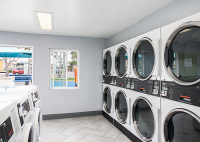 laundry room with laundry machines